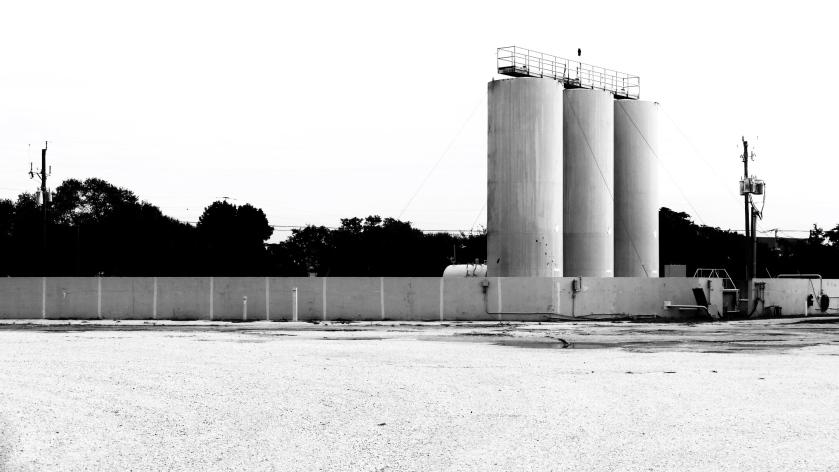 Retouched silos
